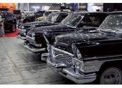 В этом году основу экспозиции «Автоэксклюзив» составляли отечественные машины середины прошлого века.