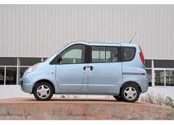 Компактный семиместный минивен Chery Riich II оснащается бензиновым двигателем 1,3 л и появится в продаже в сентябре. Цена – от $12500.
