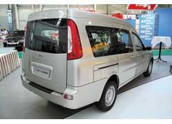 Грузопассажирский фургон Chery Karry построен на базе модели Amulet. Продажи автомобиля начнутся в июне. Цена – от $12500.
