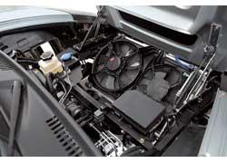 Багажника как такового в автомобиле не существует – его место заняла система охлаждения.