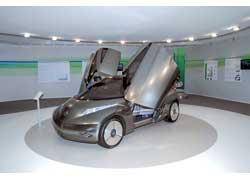 Некоторые решения, используемые в ЕА2, скоро могут появиться на серийных Nissan. Интересно, ждет ли нас такое будущее, какое предрекает концептуальный Nissan Mixim.