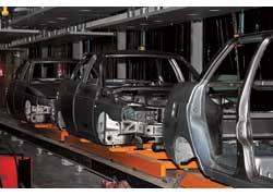 В Черкассах 20 июня Президент Украины Виктор Ющенко торжественно открыл «Автомобильный завод «Богдан».