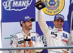 Жаку Вильневу не хватило всего одной ступеньки подиума, чтобы сделать хет-трик– выиграть все три величайшие гонки мира.