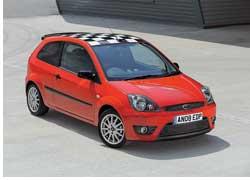 Поклонники марки Ford смогут приобрести модель Fiesta в новой спортивной версии Zetec S Red.