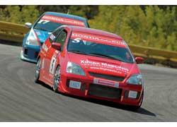 Гонки кубка Honda Civic все привычнее нашему болельщику - а ведь впереди еще этап кольцевого чемпионата России!