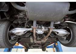Система подруливания задних колес Super HICAS (High Capacity Actively Controlled Suspension) с гидравлическим управлением появилась на Nissan Skyline GTS в 1986 году. Теперь же 4WAS поворачивает колеса на угол до 1 градуса с помощью электрических актуаторов .