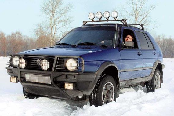 Компактный внедорожник у VW уже был – Country, созданный на базе второго поколения хэтчбека Golf (1990–1992 г. в.).