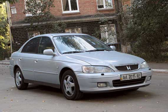 Honda Accord 1998–2002 г. в. от $11000 до $19000