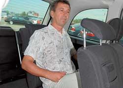 Пассажировместимость Zafira больше – машина 7-местная. На креслах третьего ряда смогут разместиться даже взрослые пассажиры среднего роста.