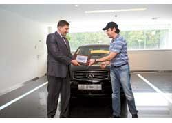 В Украине компания «Авто-Актив» продала 500-й официальный автомобиль Infiniti.