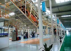 Первоначально на конвейере сборочного завода в Сьентане выпускали модель МК, но теперь ее сменит новая – FC.