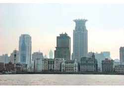 В Шанхае располагается офис Geely International.