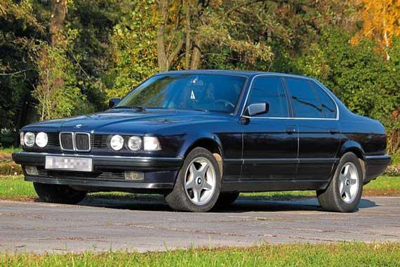BMW 7 Series (Е32) 1986–1994 г. в. от $4 900 до $13 600