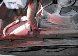 Неплотности резиновых патрубков – нечастое, но возможное явление для агрегатов МеМЗ.