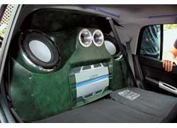 Багажника y Hyundai Getz нет. Случайных пассажиров приходится возить прямо на торпедо. 3 место Amateur 7 Channels