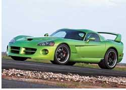 Американская тюнинговая компания Hennessey Performance Engineering создала настоящего монстра с длинным названием Venom 1000 Twin Turbo SRT Coupe на базе серийного Dodge Viper.