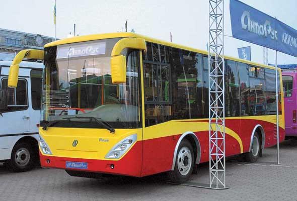 «АнтоРус» вышел в средний класс с новым автобусом «Руслан» А103. Мест – 60 (для сидения – 31).