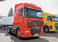 Магистральный тягач DAF XF105