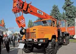 Полноприводное шасси КрАЗ-63221 (6х6) – прочная основа для 25-тонного автокрана «ДАК».