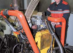 Испытательный стенд новейших двигателей ММЗ.