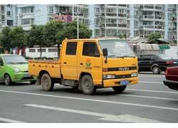 Популярные японские легкие грузовики Isuzu собирают во многих странах, иКитай не исключение.