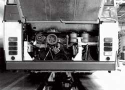 В задней части – турбодизель LIAZ ML636P (206 л. с.) с горизонтально расположенными цилиндрами.