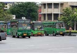 Юркие маршрутки Бангкока – с разнообразными по дизайну кузовами от автобусного ателье Сherdchai. Шасси – Mercedes-Benz, Isuzu и Mitsubishi. В них ездят только местные.