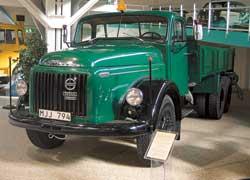 Volvo L395 Titan (1954 г.) – первый в мире грузовик, оснащенный турбированным дизелем. Двигатель TD96 – 195 л. с.