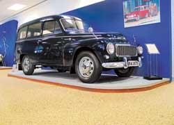 Volvo P210 Duett (1960 г.) создан на базе легковушки Volvo P544. Мотор – 60 л. с. или 82 л. с. Название «дуэт» говорило о том, что это машина двойного назначения – и для работы, и для отдыха.