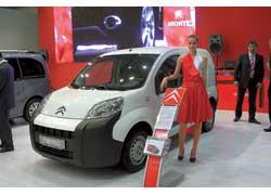 Концерн PSA Peugeot/Citroёn и фирма Fiat представили грузопассажирские фургончики нового, субкомпактного класса.