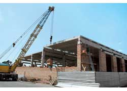 Станция развивается: в следующем году встанет в строй новое здание, в котором будет 4 пролета и порядка 20 постов для обслуживания.