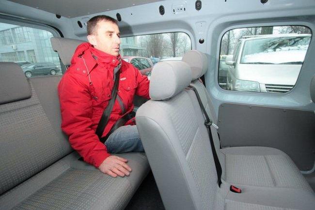 третий ряд сидений VW Caddy