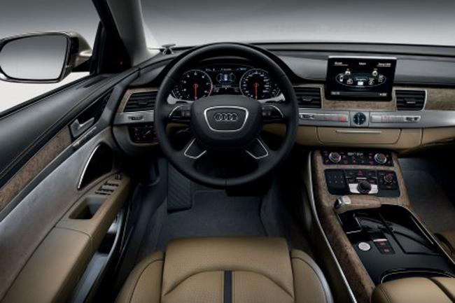 салон интерьера Audi A8