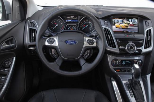 салон интерьера Ford Focus