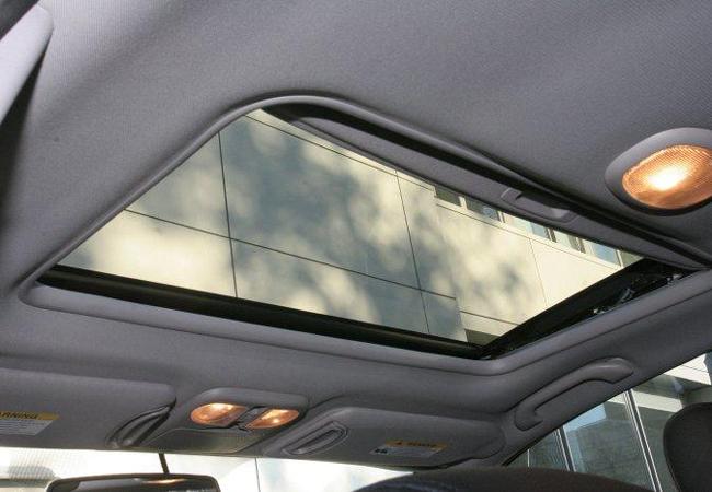 Люк в крыше Mitsubishi Galant IX