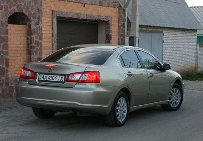 Mitsubishi Galant IX после рестайлинга 2008