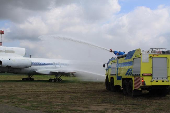 Аэродромный пожарный автомобиль АА-12-150
