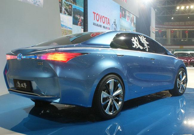 Пекинский автосалон 2012: Toyota Yundong Shuangqing приучает китайцев к экологии