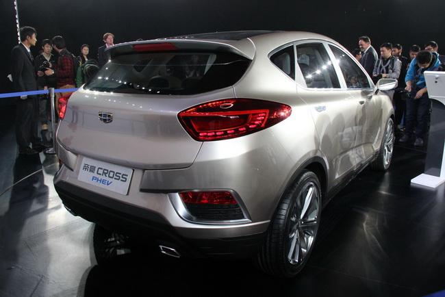 Презентация Geely Emgrand Cross Concept на Пекинском автосалоне