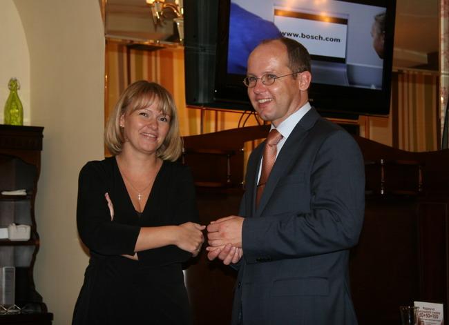 Ляйф Шнайдер, коммерческий директор «Роберт Бош Лтд Украина» и Юлия Голубцова, директор по корпоративному маркетингу и PR