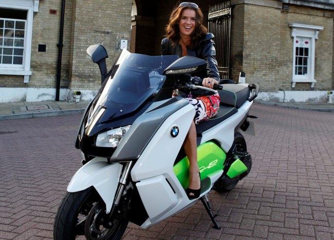 электрический скутер BMW