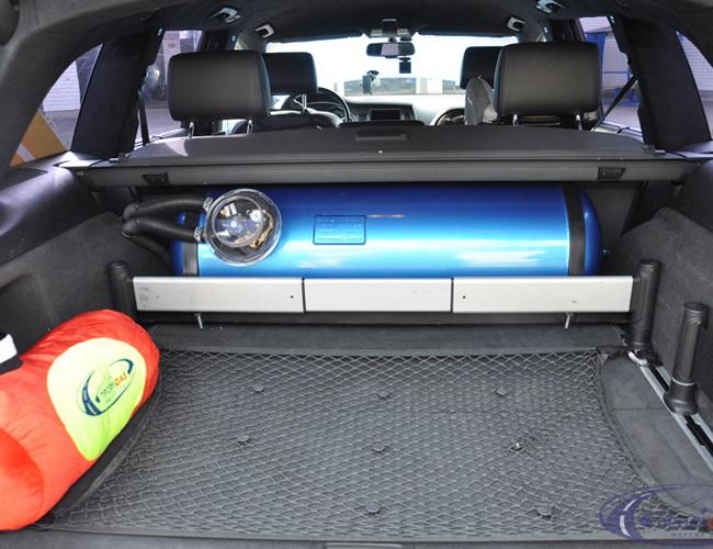 Установка системы ГБО STAG – 400DPI на автомобиль Audi Q7 с мотором 4,2 FSI