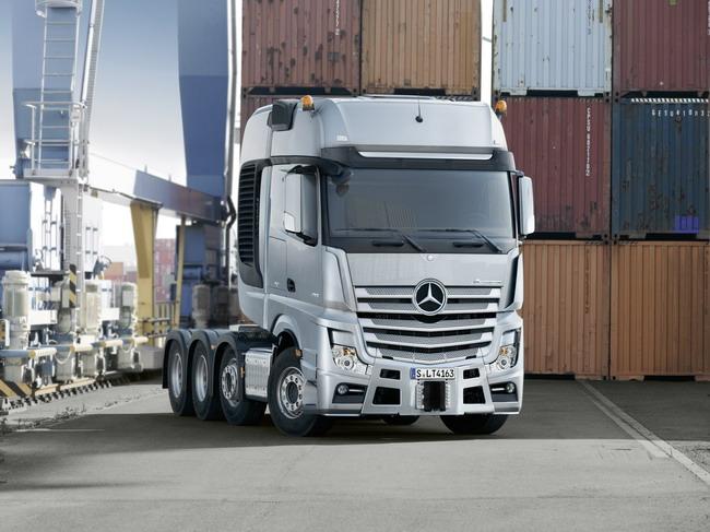 тягач-тяжеловоз Mercedes-Benz Actros