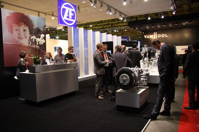 Экспозиция ZF на выставке Busworld Kortrijk 2013