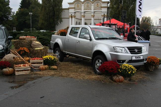 Сельскохозяйственная выставка: Tata Xenon