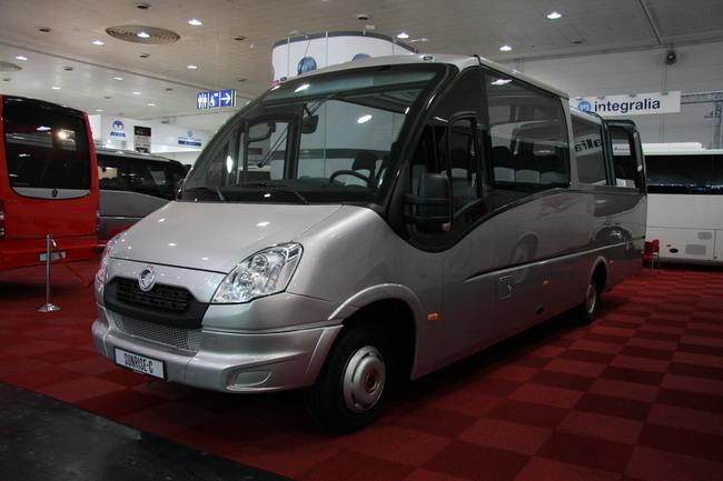 Экскурсионный автобус-кабриолет Sunrise Cabrio