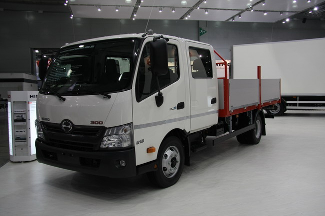 Hino 300 модели 3815
