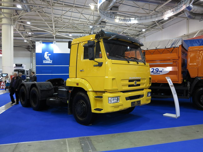 TIR 2012: новинка КАМАЗ-65116
