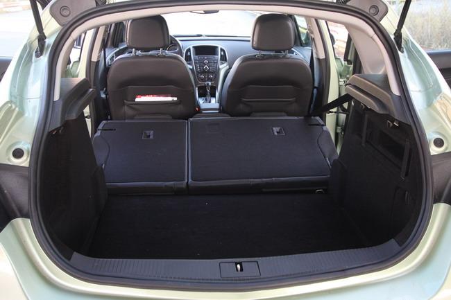 Opel Astra J 1.4 TURBO