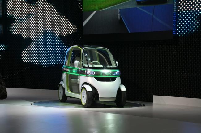 Устойчивость автомобиля обеспечивается низким центром тяжести